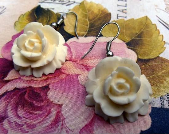 Boucles d oreilles pendantes : Bijoux rétro vintage